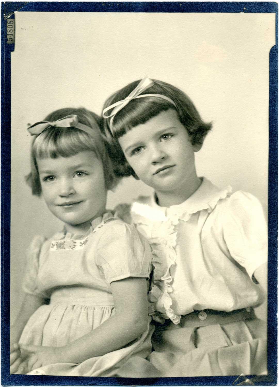 IMAGE15-Mimi&Kitsy